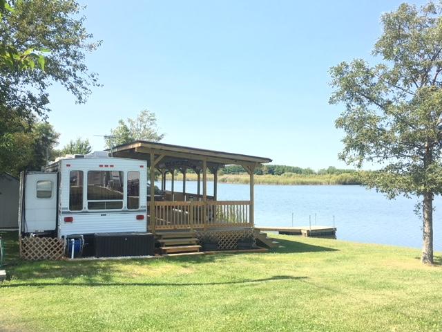 cabinfeveril.com - CF Summer Lake home